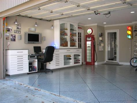 garage room ideas 25 best ideas about cave garage on