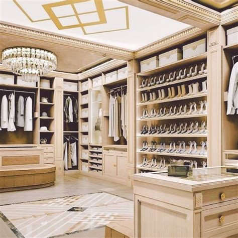 the curated closet discover 0753545853 529 best aevia closet vestidor images on closets armoire and bedrooms