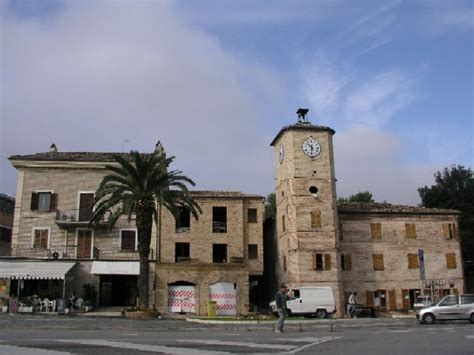 stazione porto sant elpidio la torre dell orologio il simbolo della citt 224 di porto