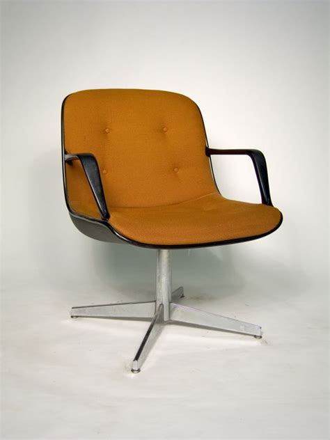 best mcm chair 17 best images about chair on pinterest armchairs mid century modern and alvar aalto