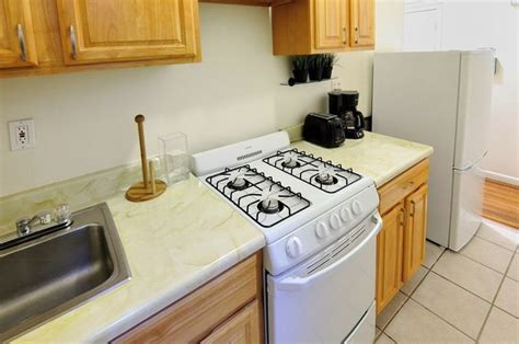 looking for a 1 bedroom flat to rent good looking apartment 1 bedroom flat rent new york