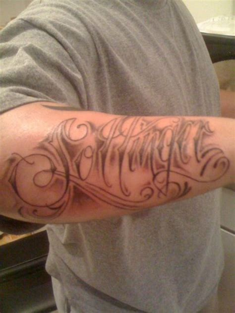 last name tattoos on arm forearm name ink design tattoomagz