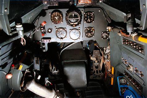 Crush Gear Part Wheel Sr soubor bf 109g 10 cockpit 070703 f 1234s 001 jpg wikipedie