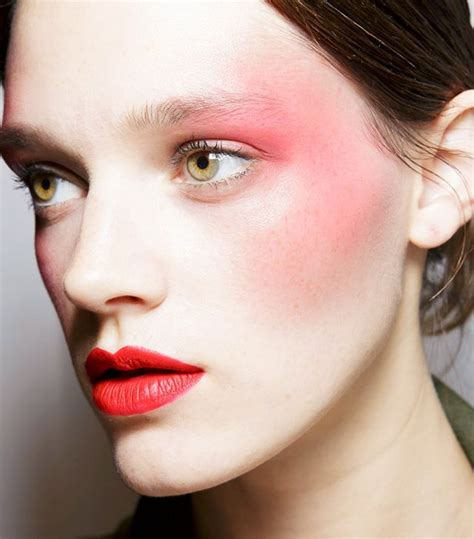 5 Tips To Mastering The 80s Make Up Revival by From Draping To Bold Eye Shadow 5 80s Makeup Tips You