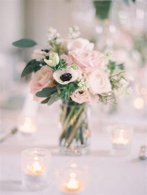 white flower table l reception d 233 cor photos pink white floral arrangement