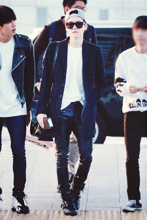 bts airport fashion mum yoongi suga bts bangtan boys airport fashion bts