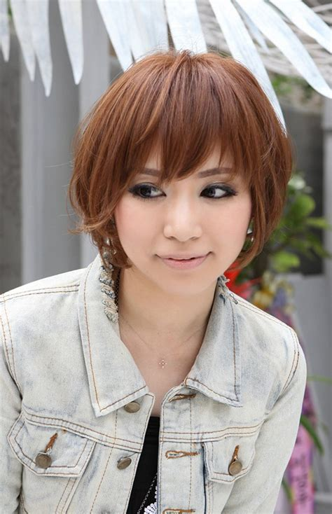 nice hairstyle for short medium hair with one hair band angled haircuts for short hair harvardsol com