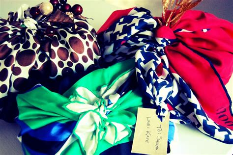 how to gift wrap a scarf environment friendly gift wrap ideas diane kennedy