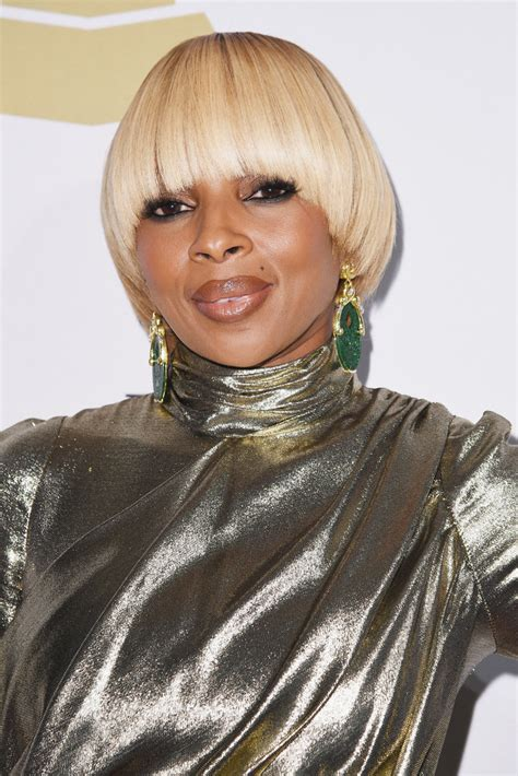 J Blige Hairstyles by J Blige Hair Looks Stylebistro