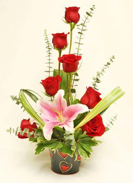 flower arrangement ideas for valentines best 20 flower arrangements ideas on