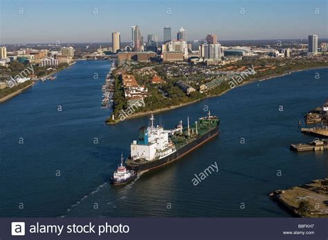free boats philadelphia aerial view above tug boat with oil tanker overseas