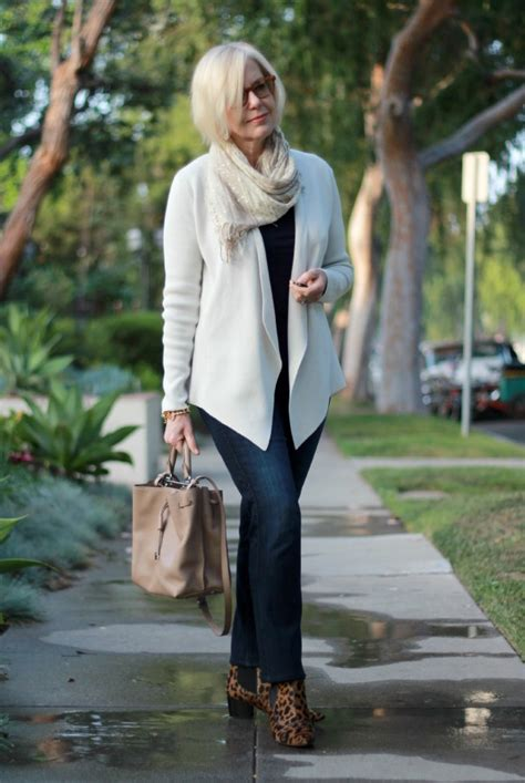 Wardrobe For 40 by Chic Une Femme D Un Certain Age Casual Wear For