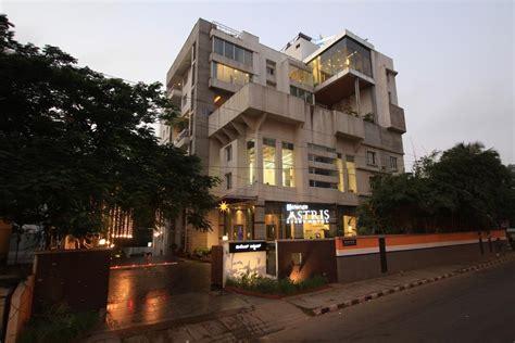 service appartment roxel inn aura service apartment bangalore rooms rates