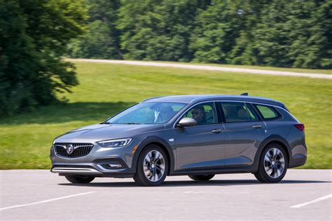 buick diesel buick vp downplays chances of seeing a diesel or hybrid