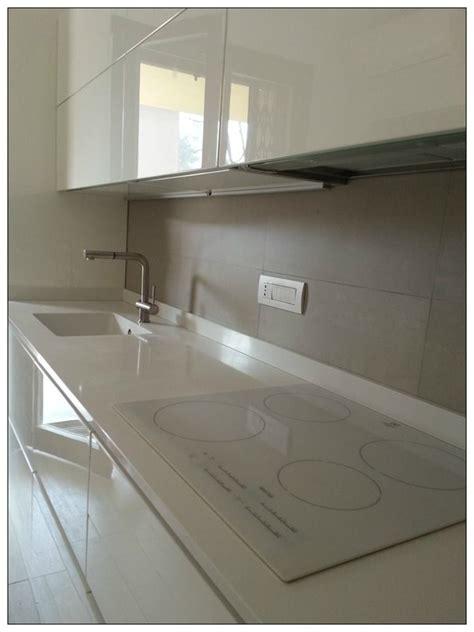 piano cottura vetro bianco piano cottura ad induzione arredo cucine brianza