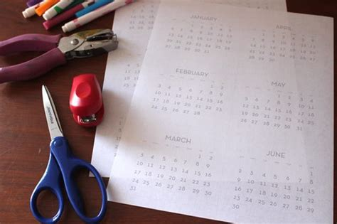 mini flip calendar printable  kids diy alpha mom
