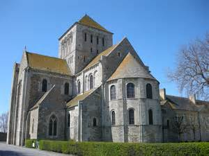 And Romanesque Cathedrals Essay by Romanesque Architecture