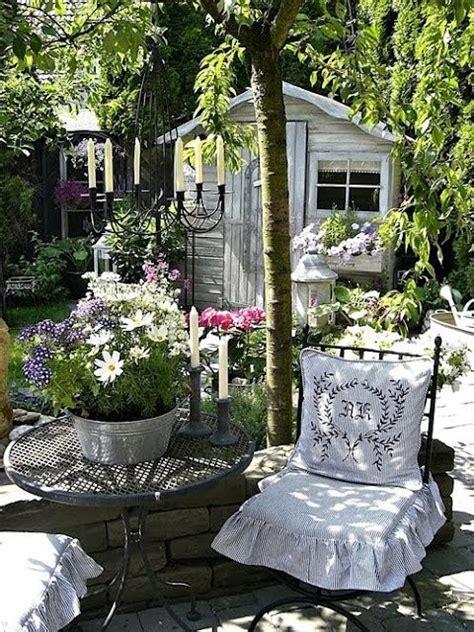 Shabby Chic Garden Decorating Ideas Shabby Chic Garden Decor Shabby Chic Garden Gardens