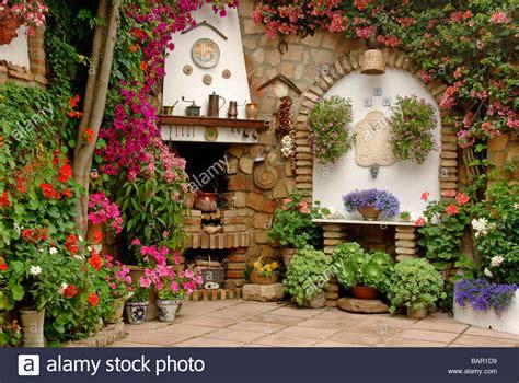 Patio Espagnol by Andalousie Patio Patios De Mayo En Fleurs Fleurs Espagne