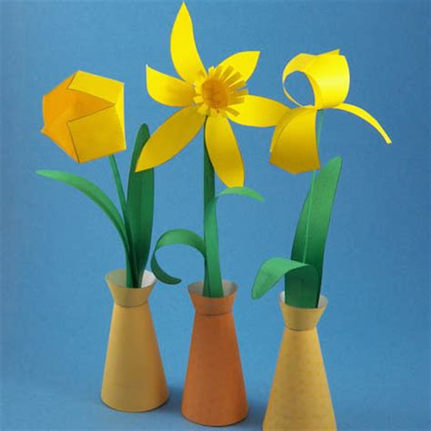 make a spring paper flower bouquet party decoration
