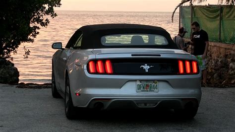 2016 ford mustang 3 7l v6 convertible 305 hp test drive