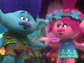 who sings true colors trolls brings new hue to classic true colors