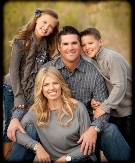 ideas for family 17 best ideas about family portrait photography on