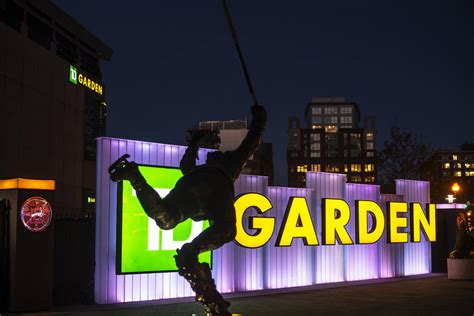Td Garden Statue by Bobby Orr Statue Td Garden Boston Ma Photograph By Toby