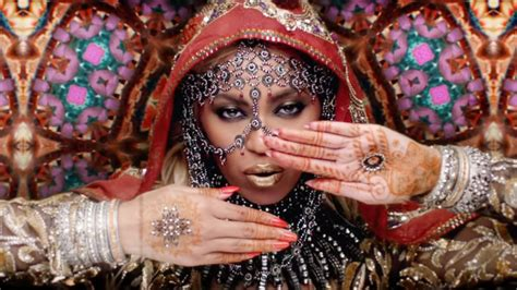henna tattoos cultural appropriation coldplay ft beyonce hymn for the weekend