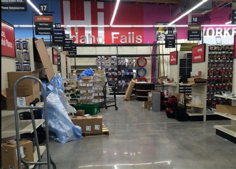 hardware store home furnishings business coming to west