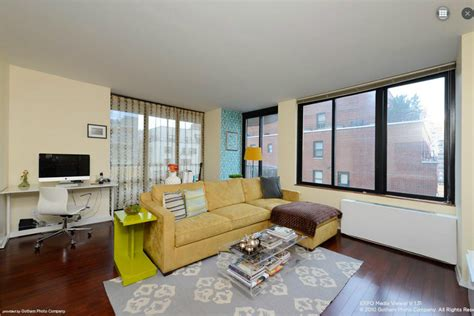 5 bedroom apartment nyc average nyc apartment bedroom and david goldman for the