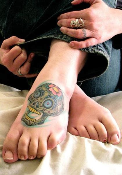 35 adorable unique skull tattoo designs collection