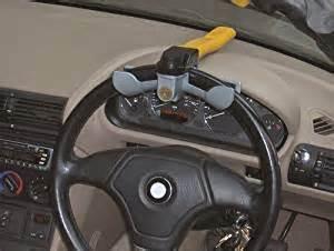 blocco volante auto streetwize swrl blocco volante giallo it auto e moto
