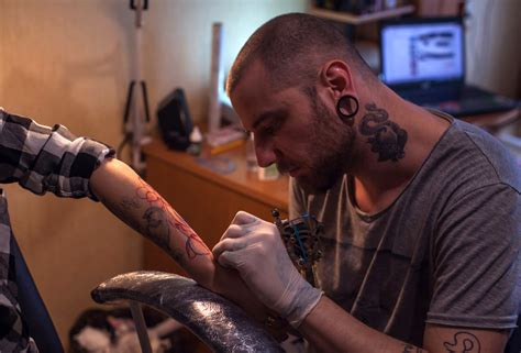 tattoo shop interview questions tattoo shop etiquette everything you need to know ink vivo