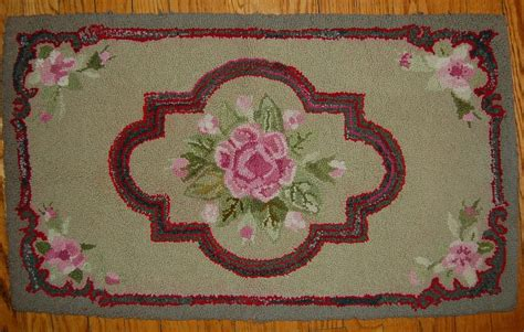 vintage floral rug vintage floral hooked rug with roses from starrhillantiques on ruby