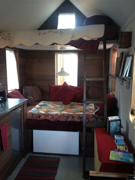 tiny house vacation  portland oregon