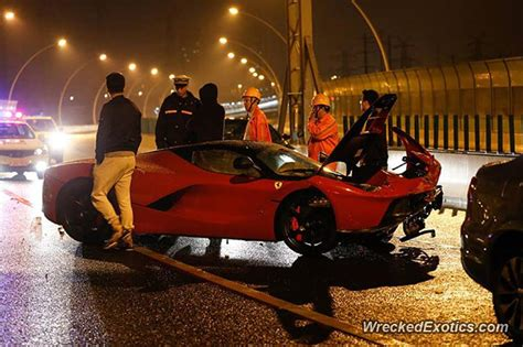 laferrari crash latest laferrari crash is worst yet photo update