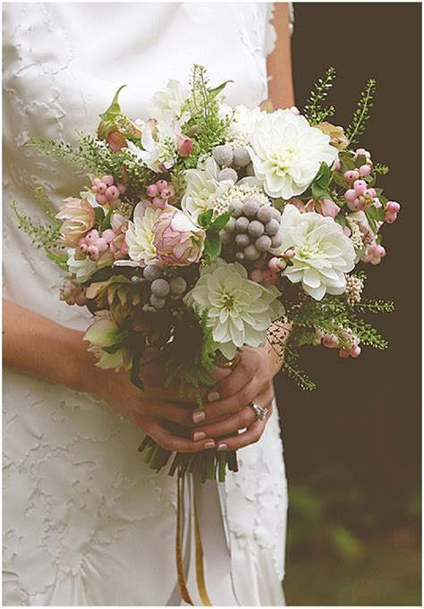 Wedding Flowers Ideas Uk by Bridal Bouquets Wedding Advice Want That
