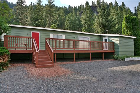 Cottage Inn State by Huckleberry Cabin Vacation Rental Cottage Blewett Pass
