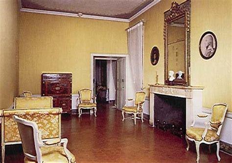 chambre des m騁iers ajaccio maison bonaparte chambre natale de napol 233 on