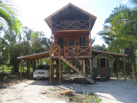 william s jungle tiny home in belize