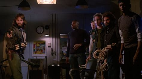 kurt russell watches the the thing 2011 trailer this week in horror movie history the thing 1982