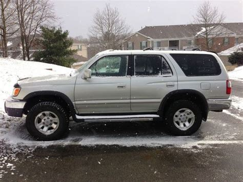 1999 toyota 4runner 4dr sr5 4wd suv in east brunswick nj m2 auto group find used 1999 toyota 4runner sr5 suv 4 door 3 4l 4x4 awd truck 2013 pa inspection in pittsburgh