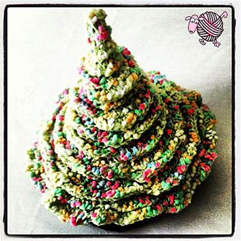 pattern for christmas tree hat crochet patterns galore christmas tree hat