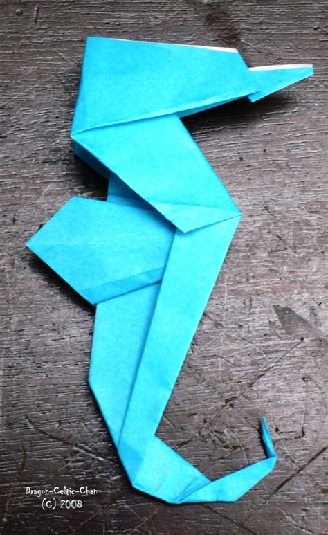 Origami Seahorse - origami seahorse by celtic chan on deviantart