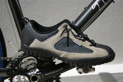 clip on bike shoes mountain bike clip shoes