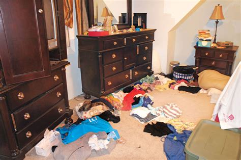 how to clean a cluttered bedroom cluttered bedroom memsaheb net
