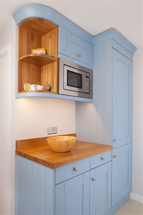 Kitchen Cupboard Cornice - cornices and pelmets for solid wood kitchens solid wood