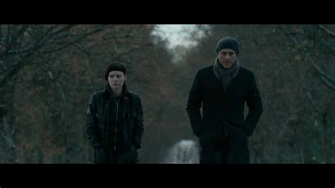dragon tattoo girl trailer the girl with the dragon tattoo official 8 minute