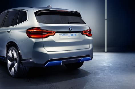 bmw introduces  electric  concept motor trend